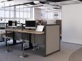 Zit-sta werkplekken kantoor
